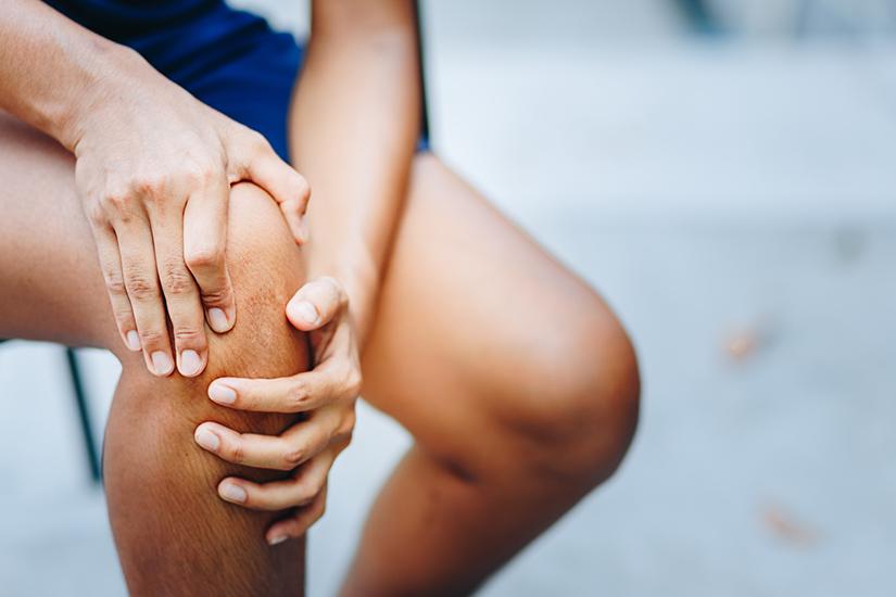 cauze ale durerii și umflarea genunchiului recuperare după luxația genunchiului