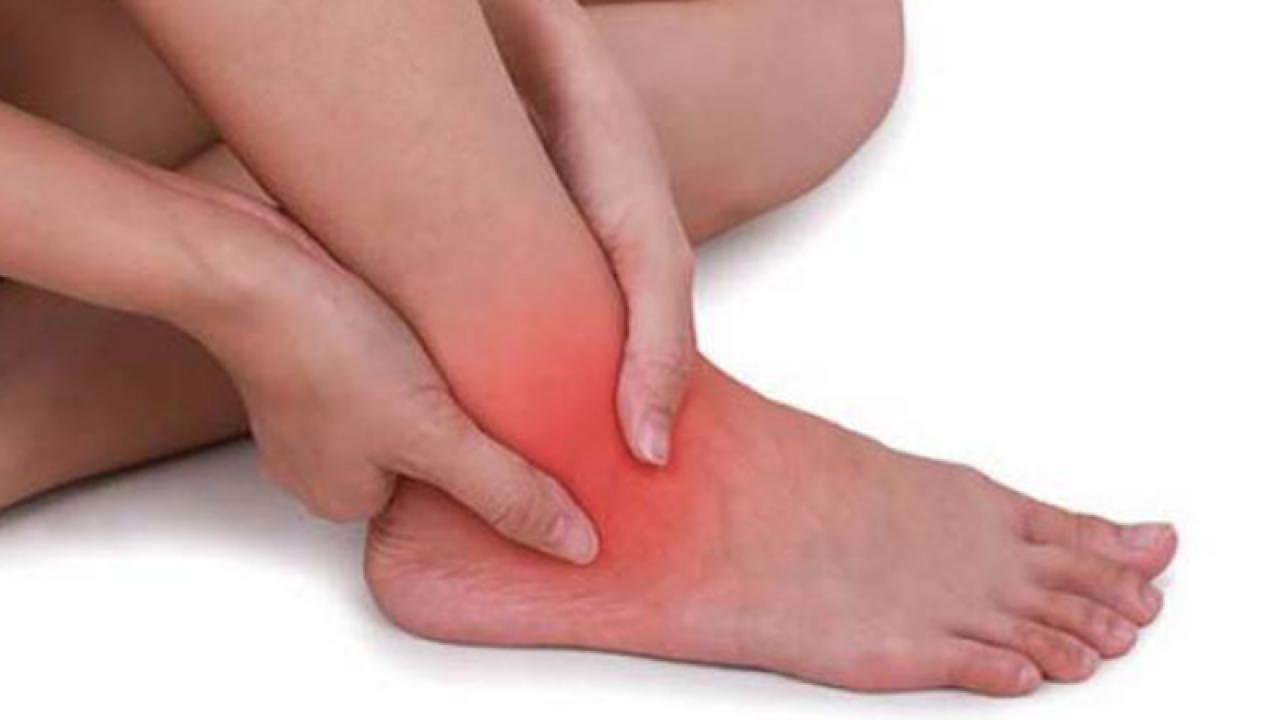 ajută la rănirea genunchiului