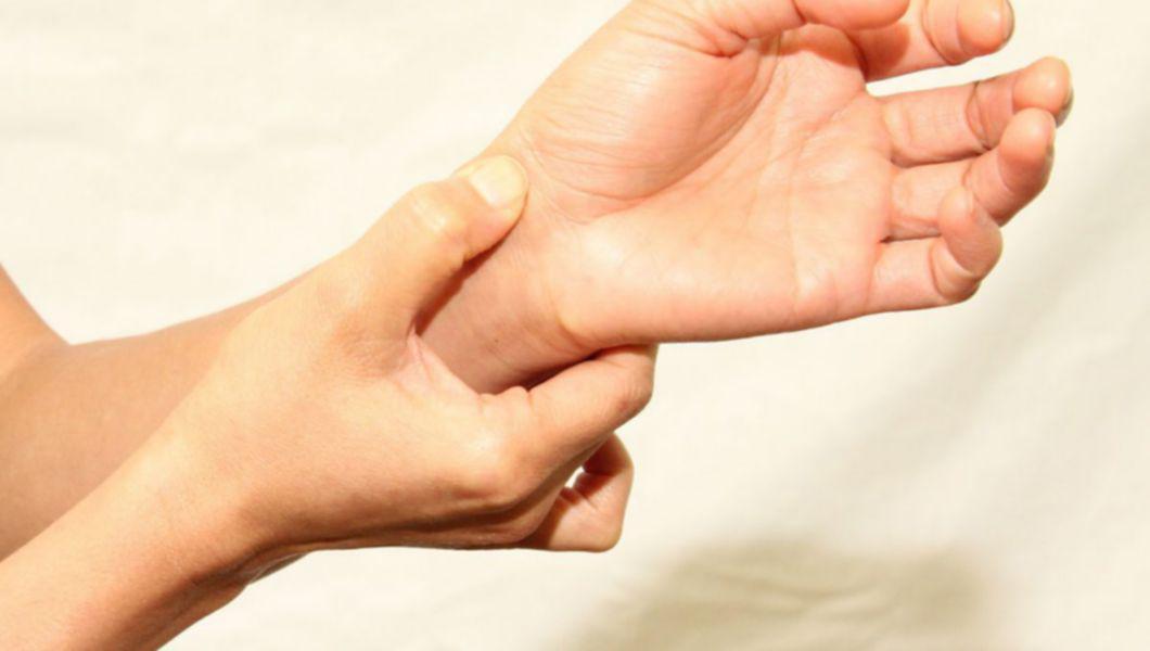 leziuni ale articulației cotului uman