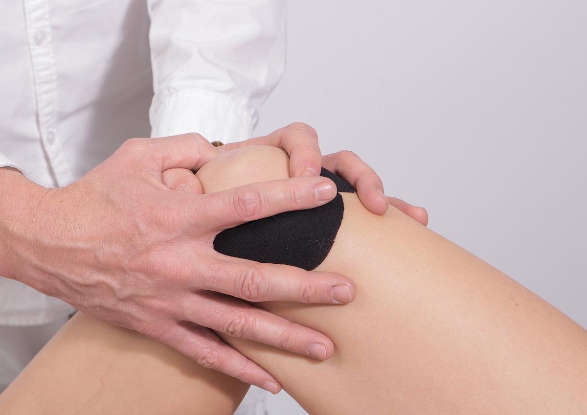 dureri severe la nivelul articulațiilor și oaselor