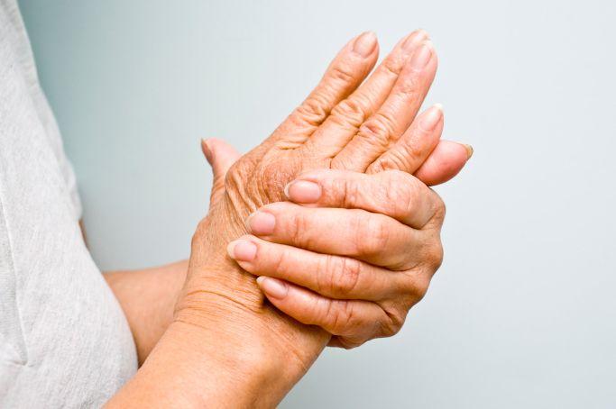 artrita degetului