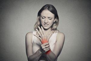 dureri musculare persistente la nivelul articulațiilor