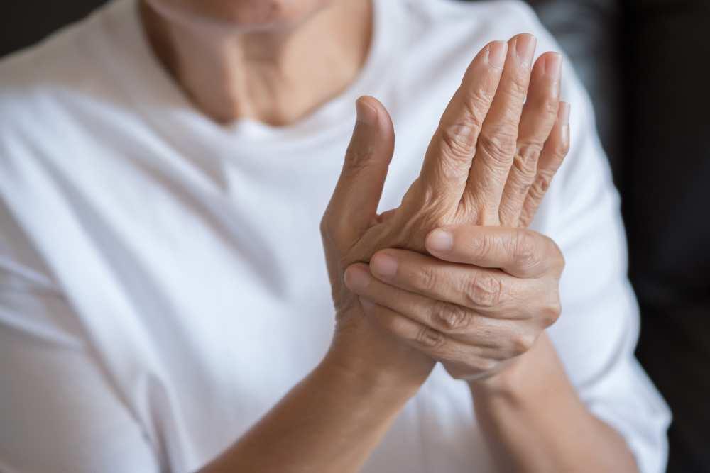 simptomele artritei și tratamentul degetelor